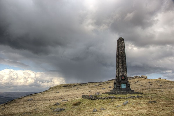 the obelisk, saddleworth war memorialLandscape Photography landscape moorland m62 dovestone canon 100d nature saddleworth moor isle of man obolisk lan