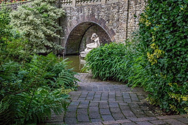 sabrina godess of the severn shrewsbury shropshire river severn the dingle shrewsbuy castle charles darwin