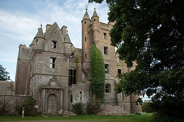 balintore castle urbex urban exploration balintore scotland