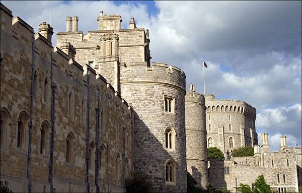 windsor castle windsor river thames