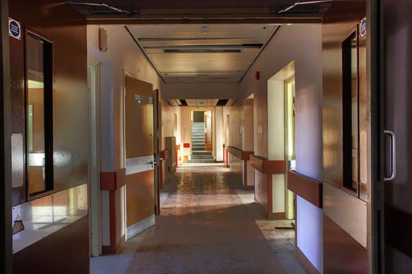 Corridor - Altrincham Hospital