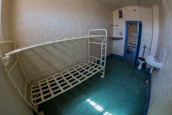 shrewsbury prison urbex urban exploration The Dana HM Prison Shrewsbury Category B/C prison George Riley hanging cell prison abandonded prison