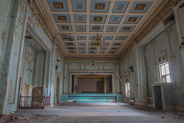 Wellington Rooms Liverpools Irish Centre The Wellington Rooms Edmund Aikin urbex urban exploration Irish Centre JKF bar liverpool Heritage