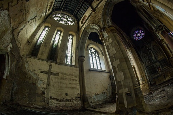 Mount St Mary's Church Leeds urbex urban exploration derelict church mount st mary's Church of the Immaculate Virgin Mary joseph hansom Gothic Revival