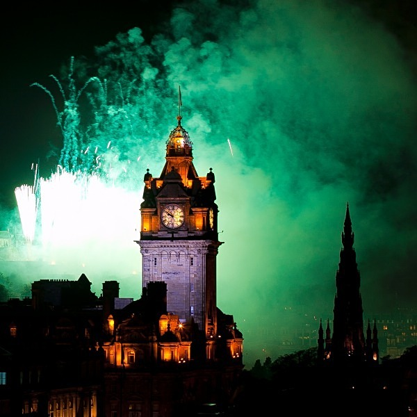 Festival Fireworks 2 - Edinburgh (Auld Reekie)