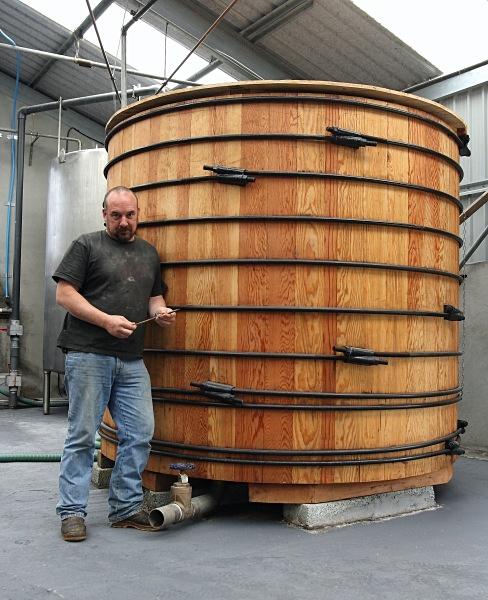 Marko at Abhainn Dearg - Whisky