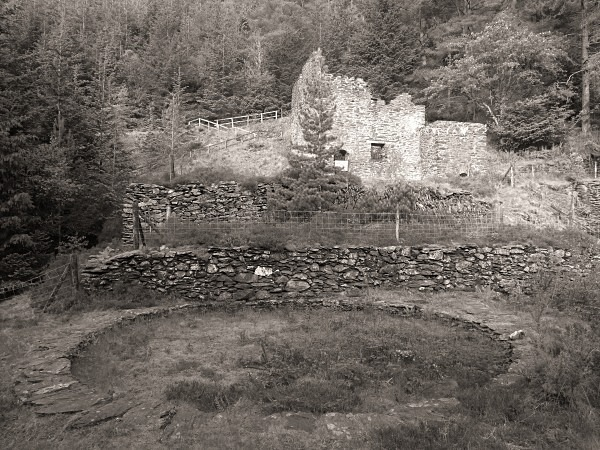 YSTRAD EINION MINES, Artists Valley, Ceredigion 2013 - OTHER TYPES RUINS IN CEREDIGION
