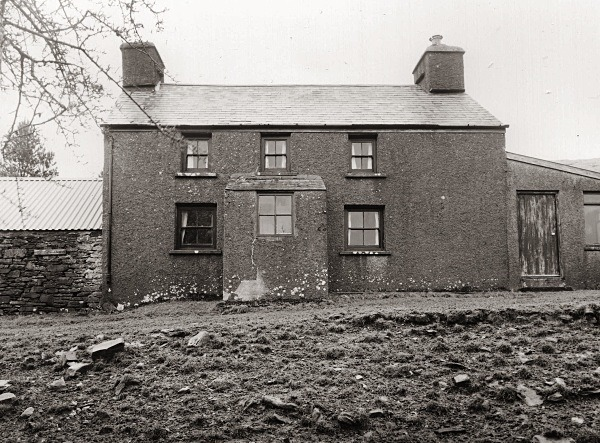 BLAEN GLASFFWRD, Elenydd, Cambrain Mountains, Ceredigion 2011 - CEREDIGION FARMHOUSES