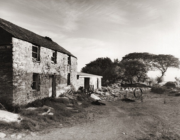 BRYN GARW, Lledrod, Ceredigion 2015 - CEREDIGION FARMS & COTTAGES