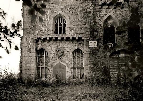 GWRYCH CASTLE, Abergele, Conwy 2005
