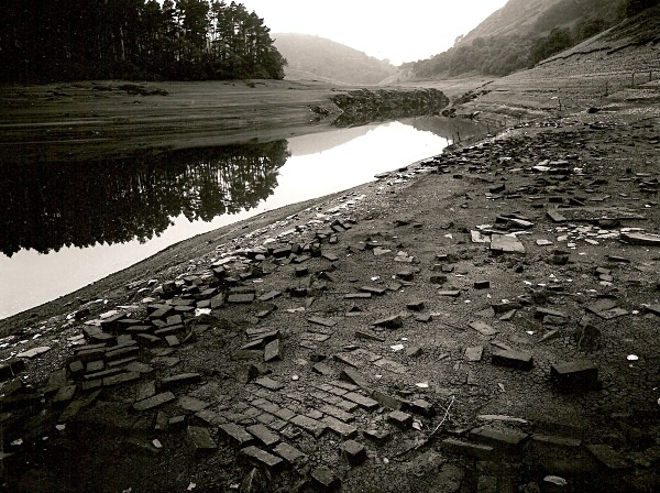 BUILDING FOUNDATIONS at Pengarreg Reservoir, Elan Valley, Powys 1994 - OTHER WELSH RUINS