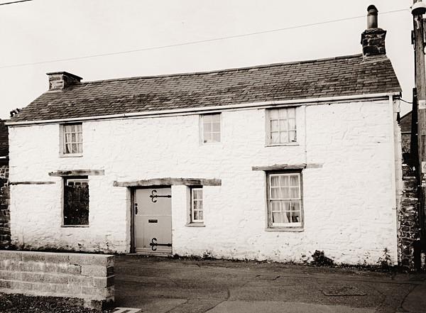 THE COTTAGE (15 Market Street), Aberaeron, Ceredigion 2014 - OTHER WELSH RUINS