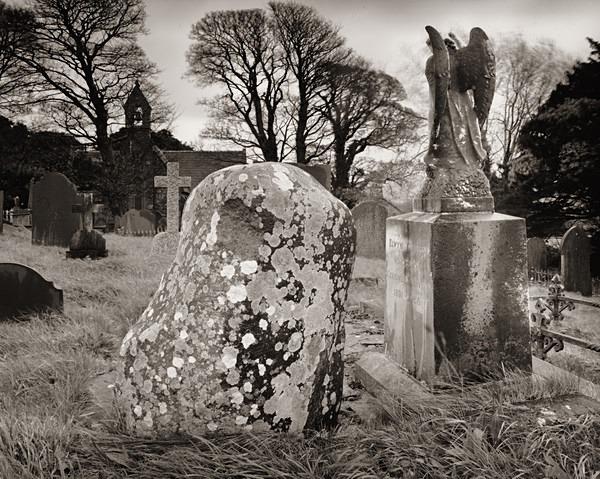 Gruffydd W. J.,  Llandeiniolen 2012 - POET'S GRAVES - BEDDAU'R BEIRDD