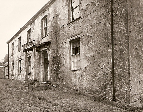 Notes on COURT / CWRT, Llanychaer, Pembrokeshire 2010 - PEMBROKESHIRE