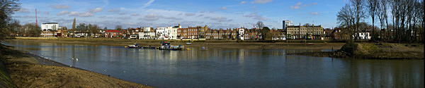 - River Thames - Isleworth to Chiswick