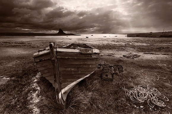 Lindisfarne - Du a Gwyn / Black and White Images