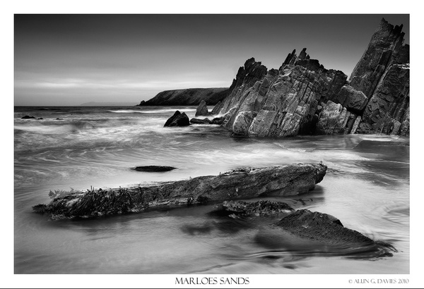 Marloes Sands - Du a Gwyn / Black and White Images