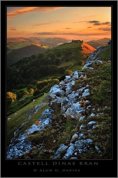 - O Gwmpas Cymru / Around Wales