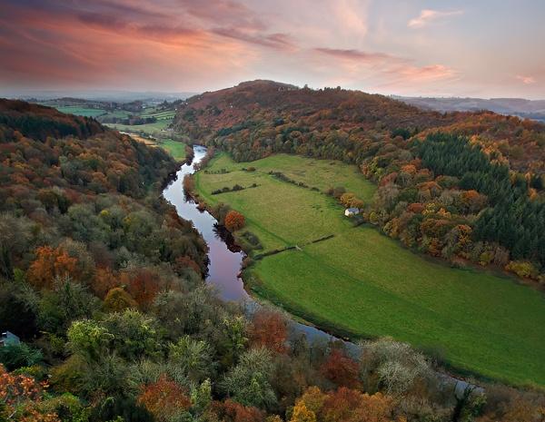 Dyffryn Gwy - Wye Valley - O Gwmpas Cymru / Around Wales