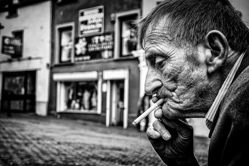 I'm a smoker... - Street Photography