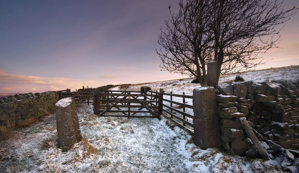 Rowsley Gate in Winter - Winter Landscapes