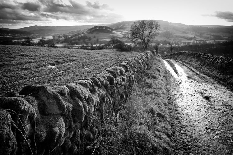 Pic Tor Rowsley - Black and White