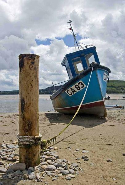 Blue boat - The seaside