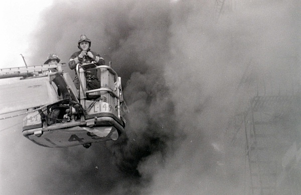 TL 149 B - FDNY in action