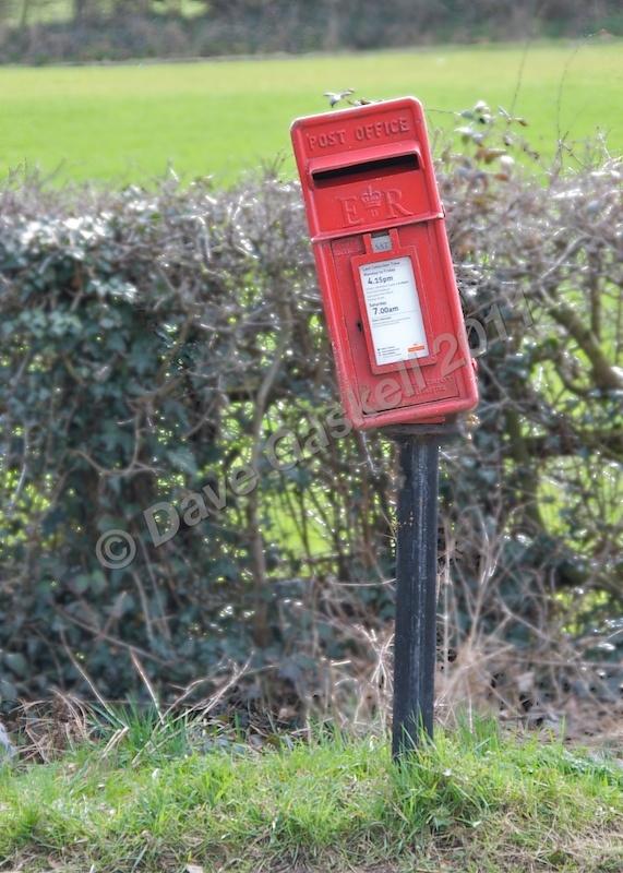 DSC_2493 - Phone & Post Boxes