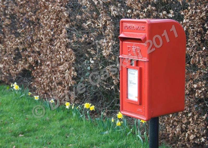 DSC_2530 - Phone & Post Boxes