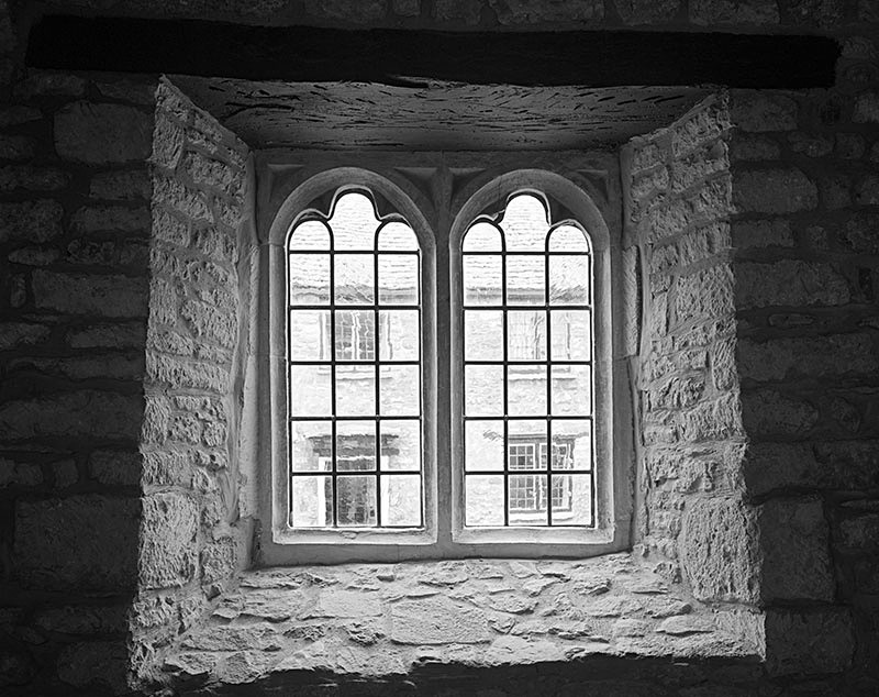 2209 - Almshouses Chapel Window - The Cotswold Way - 2009