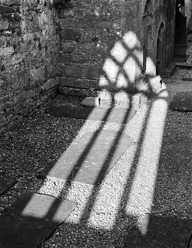 1206 - Burrishole Window 1 - Images from Ireland
