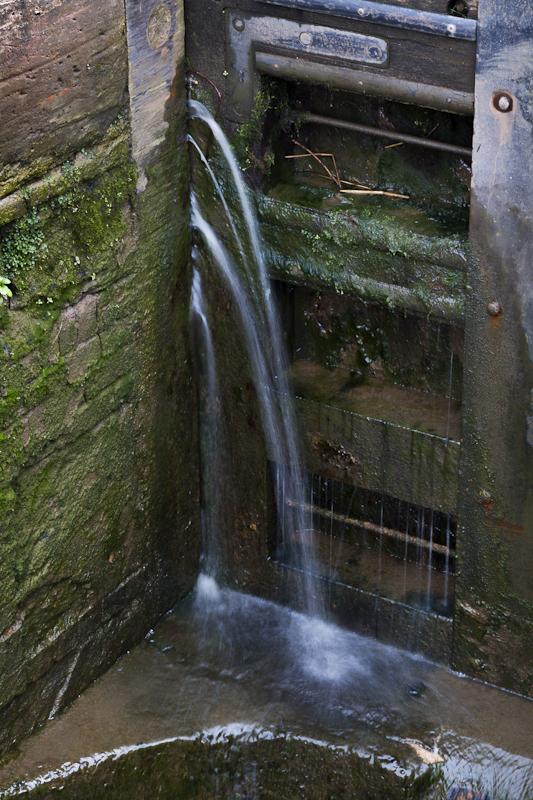 Leaking Lock - Worcester Birmingham Canal