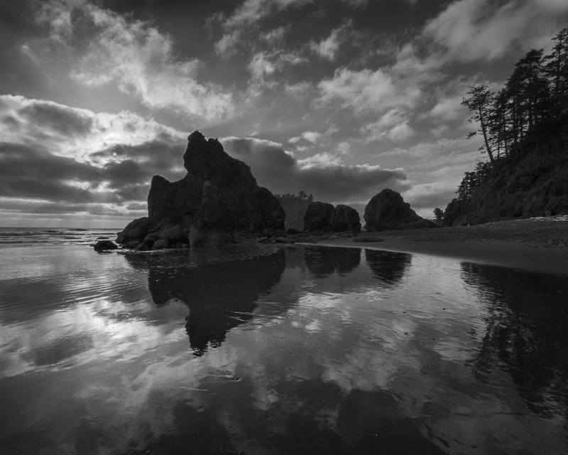 Reflecting on Ruby Beach - Mono - USA - 2014 - California, Oregon, Washington