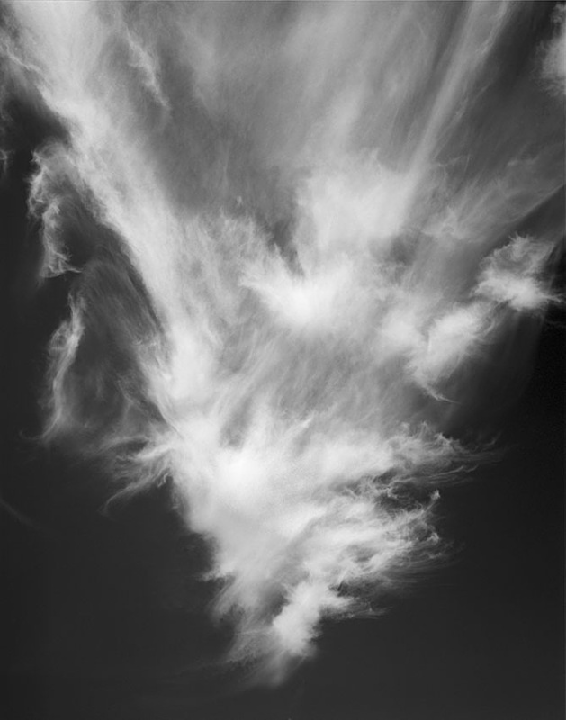 2140 - Pointed Cirrus - The Cotswold Way - 2009