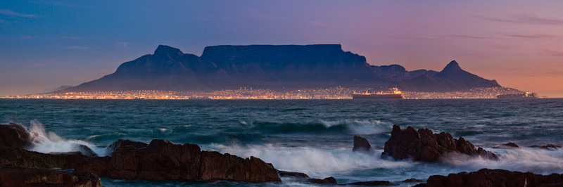 TABLE MOUNTAIN AT NIGHT FROM BLOUBERGSTRAND - Colour