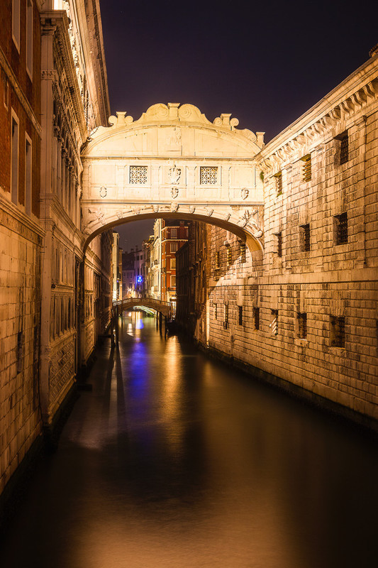 VENICE BRIDGE OF SIGHS NIGHT - Venice