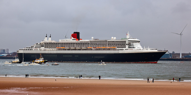 CUNARD QUEEN MARY 2 - Liverpool