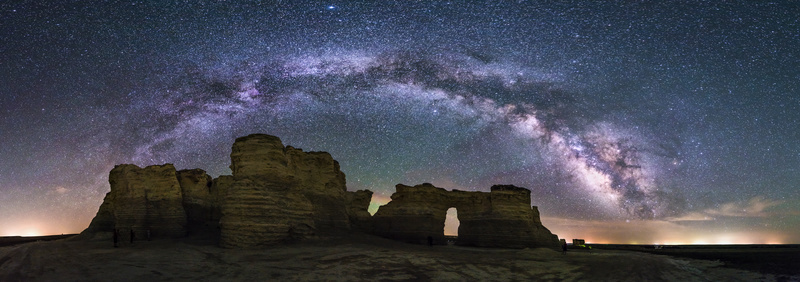 Monument Rocks, Kansas. - Astrophotography