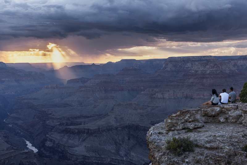 Grand Canyon spectators - North America