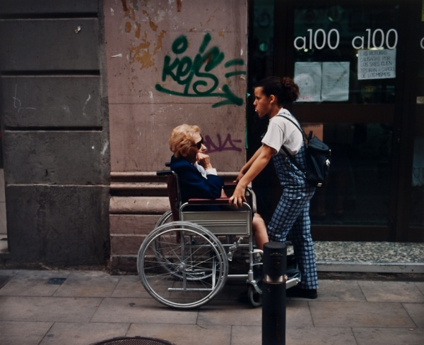 Woman and Girl, Barcelona, 1998 - Britain and Spain