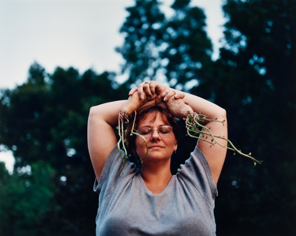 Susan with Sweet Potatoes, Missouri, 1998 - Missouri Portraits