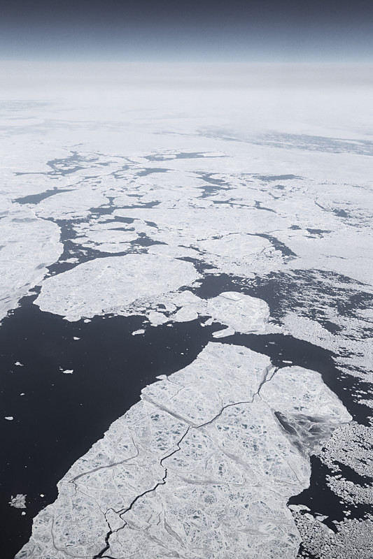 Ice fissures, Greenland - Airspace