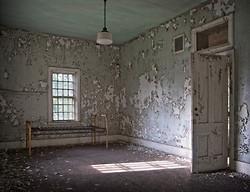Taunton State Hospital (Taunton, MA) | Luxury Room