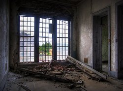Taunton State Hospital (Taunton, MA) | Framing Device