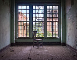 Taunton State Hospital (Taunton, MA) | Lonely Chair
