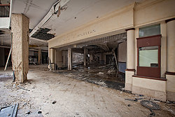 Randall Park Mall (North Randall, OH)   Shattered Storefront