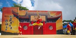 KM-379 Shaolin monks show at Po Lin Monastery