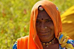 Chille picker, Chatra Sagar, Rajasthan