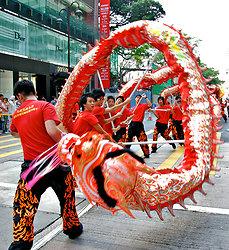 KM-368 Dragon dancers